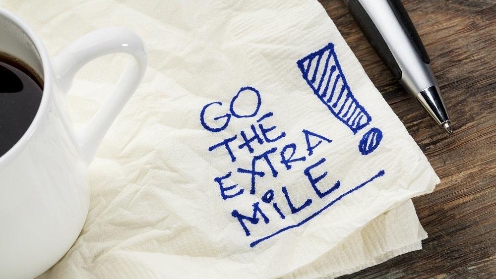 WEB Extra mile-1-130807-edited